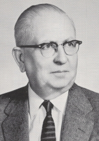Photo of Don Longnecker from the 1958 Fairview yearbook.